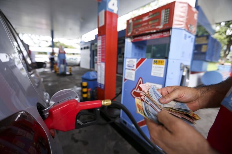 Alta de preços do transporte de cargas pressiona inflação, diz economista da ESPM