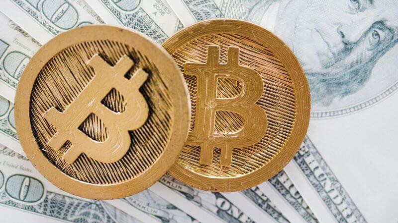 Argentina busca acordo de US$44 bi com o FMI; interesse por Bitcoin bate recorde no país