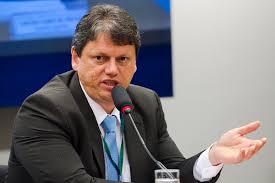 Brasil terá mais 100 leilões de ativos até fim do ano, diz ministro