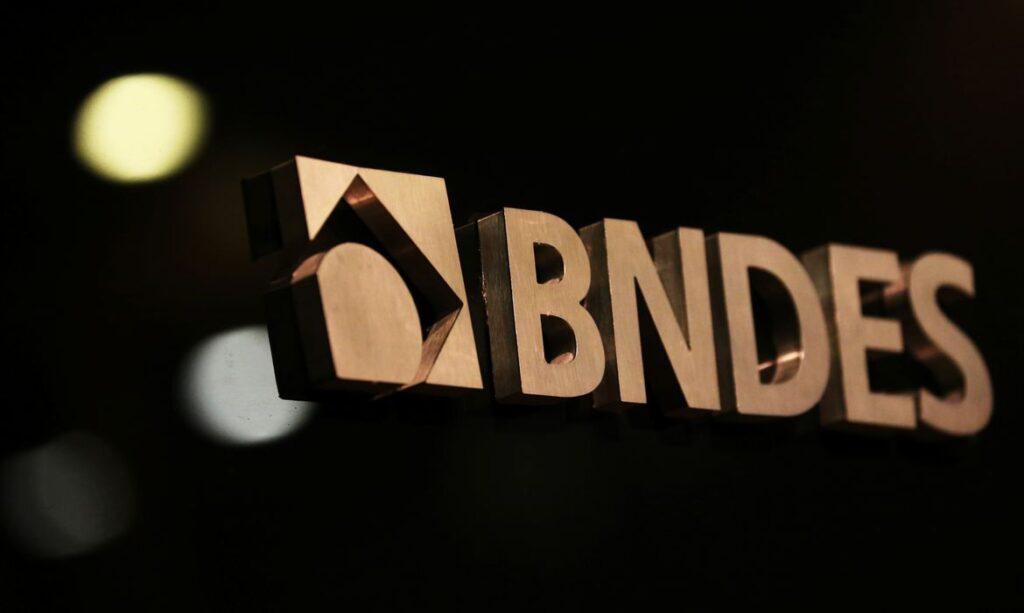 BNDES contrata R$ 3,3 bi em créditos para empresas