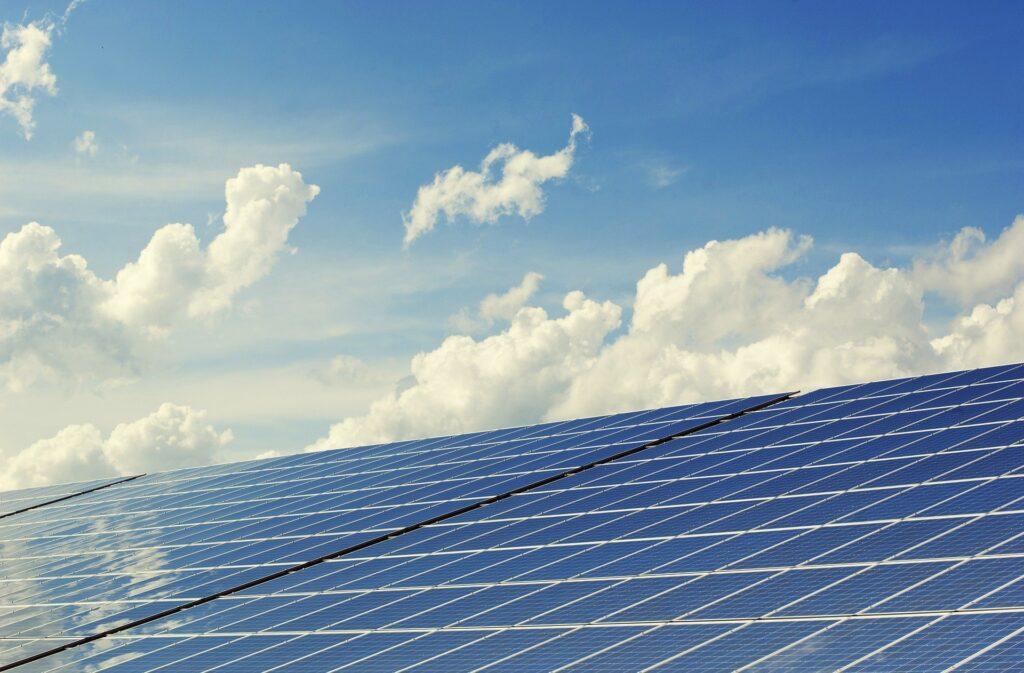 Solatio investe mais de R$ 1 bi em energia solar distribuída em MG