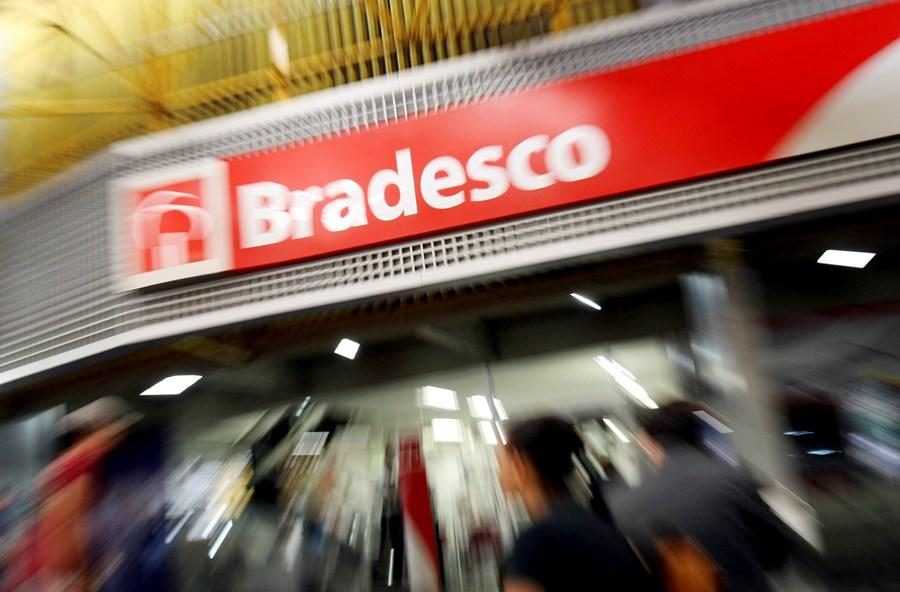 Fintech do Bradesco (BBDC4) compra carteira digital DinDin