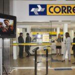 Magalu (MGLU3) e Amazon disputam por Correios, diz ministro