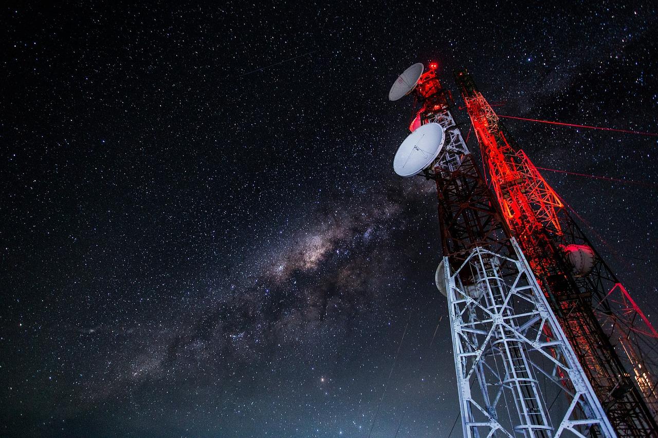 Setor de telecom registra lucro de R$ 2,6 bi no 1S; sai decreto da Lei das Antenas