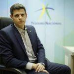 Com parâmetros atuais, Brasil volta a ter superávit primário entre 2026 e 2027, diz Funchal