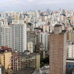 """Fitch reafirma rating """"BB-"""" para o Brasil com perspectiva negativa por deterioração fiscal"""