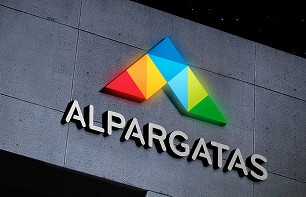 Alpargatas (ALPA4) reporta Lucro líquido de R$54 mi no 4º tri, queda de 55%