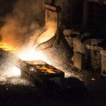 Produção industrial recua em dez locais em fevereiro, diz IBGE