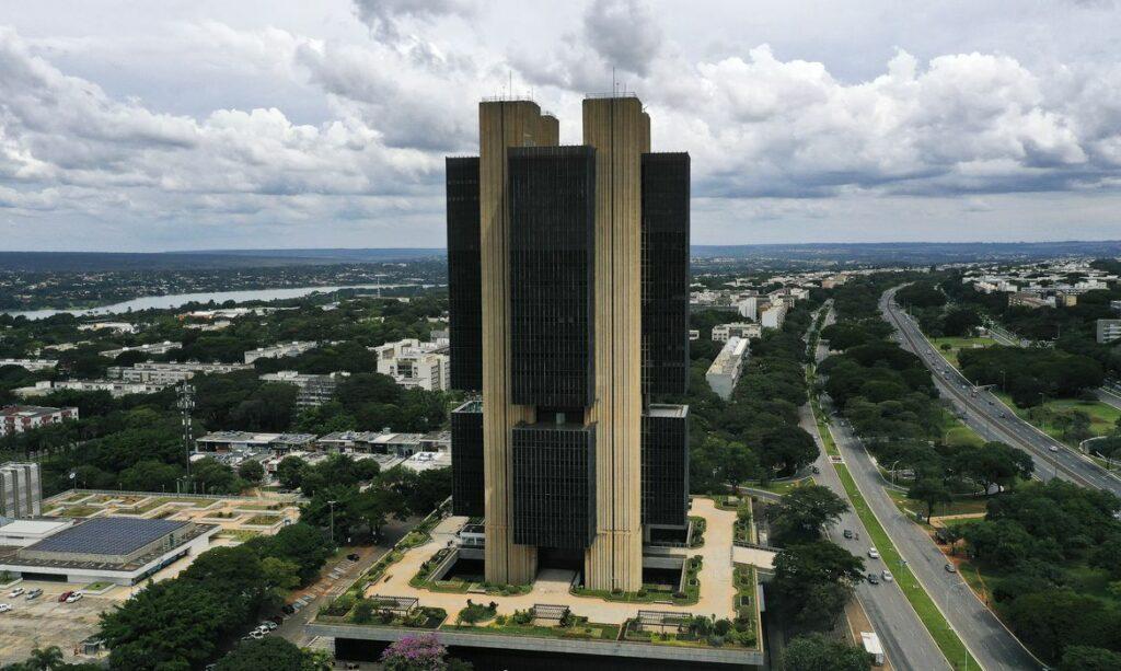 Banco Central diz que incerteza sobre o crescimento da economia está 'acima da usual'