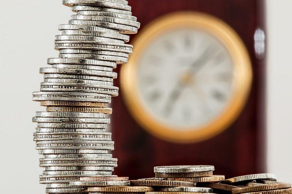 CSU (CARD3) e Banrisul (BRSR6) anunciam pagamento de juros sobre capital próprio (JCP)