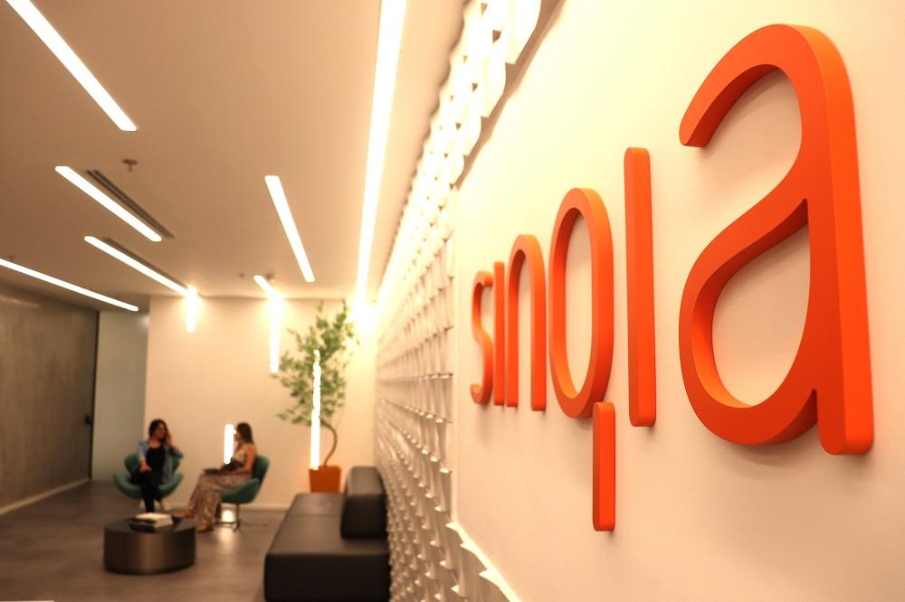 Sinqia (SINQ3) fecha acordo com Distrito e complementa estratégia de inovação aberta